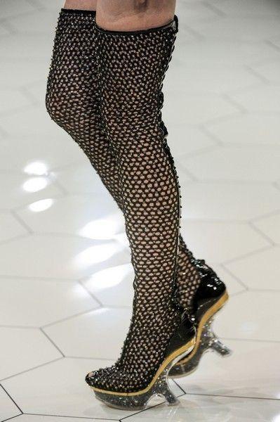 Leg, Human leg, Joint, Style, Floor, High heels, Fashion, Foot, Black, Thigh,