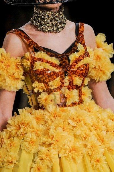 Yellow, Jewellery, Amber, Orange, Fashion, Body jewelry, Earrings, Peach, Fashion design, Costume design,