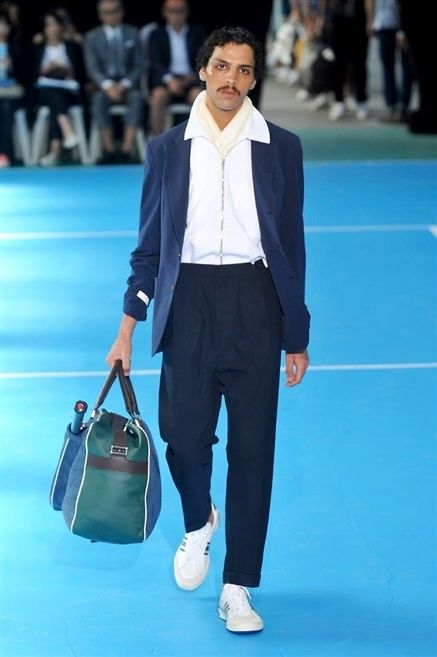 Leg, Blue, Trousers, Coat, Shirt, Shoe, Outerwear, Suit, Bag, Collar,