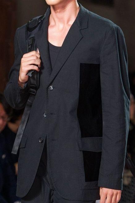Coat, Collar, Sleeve, Outerwear, Dress shirt, Formal wear, Pocket, Blazer, Fashion, Button,