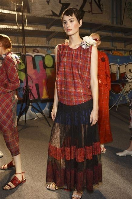 Footwear, Shoe, Textile, Pattern, Style, Plaid, Maroon, Fashion, Tartan, Street fashion,