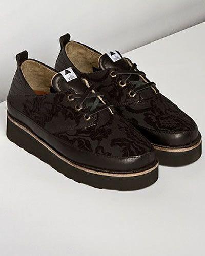 super popular f1700 b423e Volta Footwear lancia la prima collezione di scarpe creepers ...