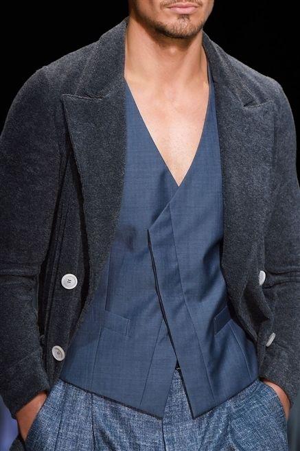Clothing, Collar, Sleeve, Textile, Outerwear, Dress shirt, Coat, Formal wear, Blazer, Pocket,