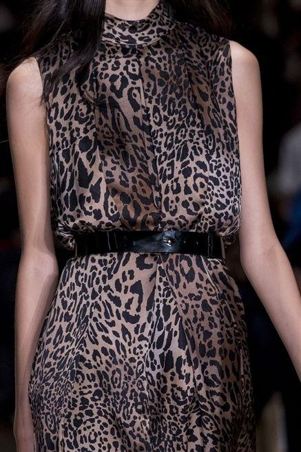 Clothing, Shoulder, Dress, Style, One-piece garment, Day dress, Beauty, Fashion model, Fashion, Neck,