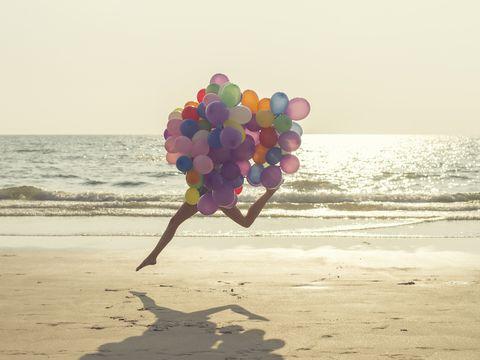 Coastal and oceanic landforms, People on beach, Colorfulness, Sand, Fluid, Shore, Balloon, Summer, Ocean, Beach,