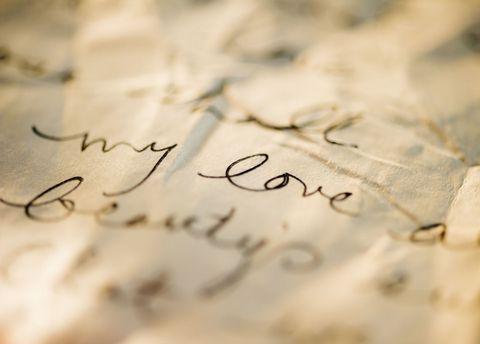 10 poesie d'amore e aforismi appassionati da dedicare a chi ami