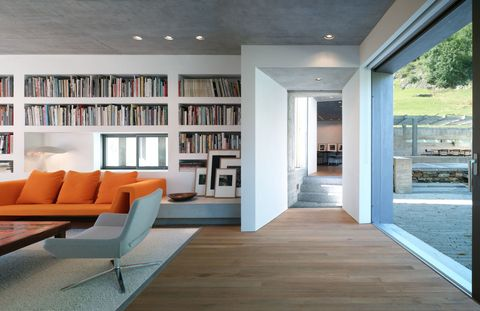 Come scegliere i colori giusti per le pareti del soggiorno moderno