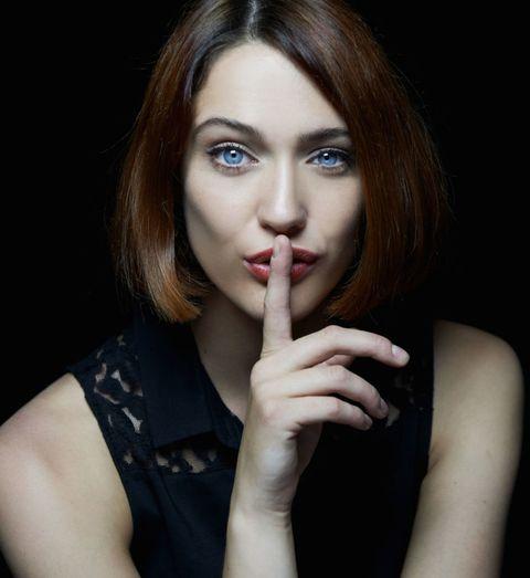 Risultati immagini per pinterest donne bellissime in silenzio
