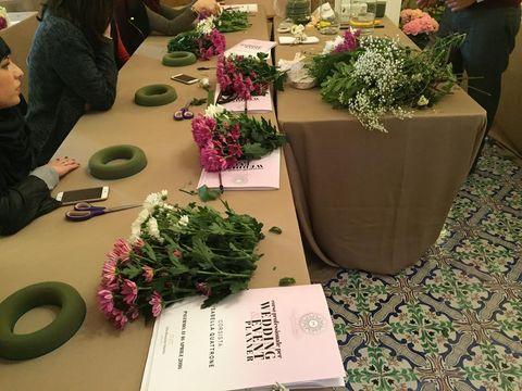 Flower, Flowerpot, Floristry, Flower Arranging, Vegetable, Interior design, Produce, Floral design, Bouquet, Annual plant,