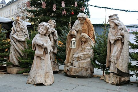 Sculpture, Statue, Carving, Monument, Costume, Stone carving, Creative arts,