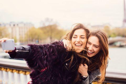 Migliori Amiche Le Frasi Più Belle Sull Amicizia Tra Donne