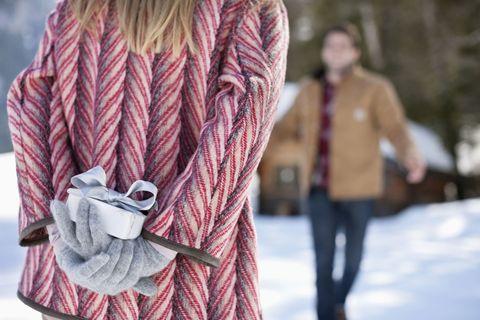 Regali Di Natale Romantici Per Lui.Cosa Regalare Ad Un Ragazzo Per Una Sorpresa Indimenticabile
