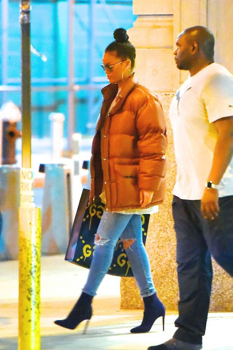 """<p>That time <a href=""""http://www.elle.com/fashion/celebrity-style/news/a38711/rihanna-summer-puffer-jacket/"""" target=""""_blank"""">she wore a puffer jacke</a>t when it was still 79 degrees outside...</p>"""