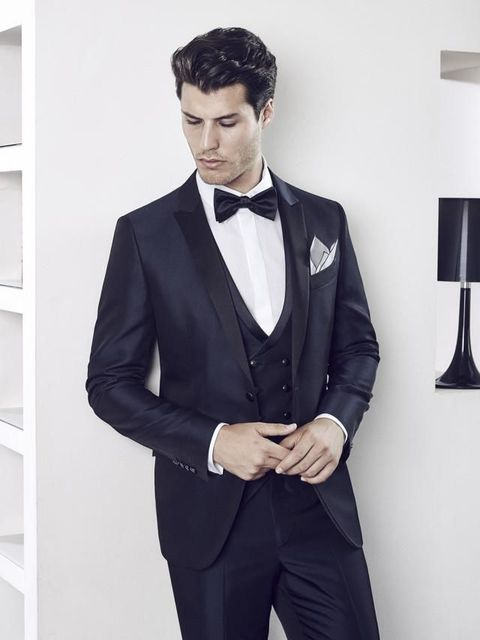 Clothing, Coat, Dress shirt, Collar, Sleeve, Trousers, Outerwear, Suit trousers, Formal wear, Style,