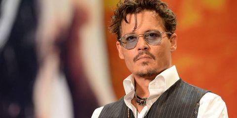 Johnny Depp è in «crisi finanziaria» per il suo stile di vita da 2 milioni di dollari al mese