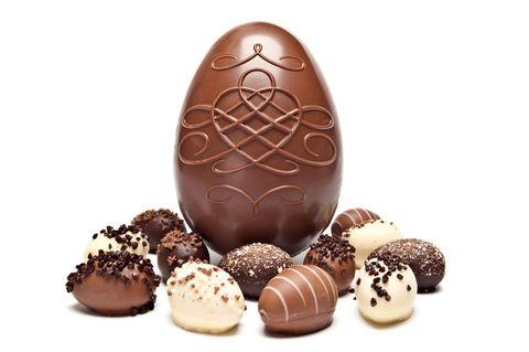 Food, Chocolate, Chocolate truffle, Rum ball, Easter egg, Bourbon ball, Egg, Praline, Chocolate-coated peanut, Egg,