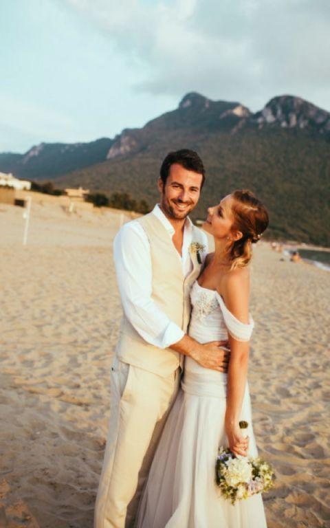 Matrimonio Sul Litorale Romano : Sposarsi in riva al mare per un matrimonio a piedi nudi sulla sabbia