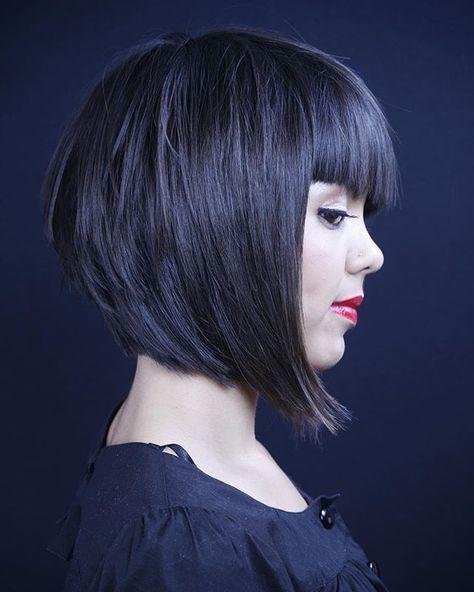 Taglio capelli caschetto con frangia laterale