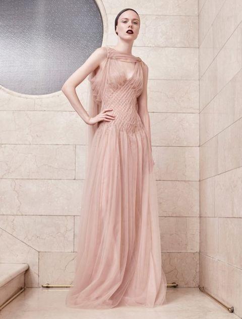 Goddess in rosa cipria. abiti 58ee0747803
