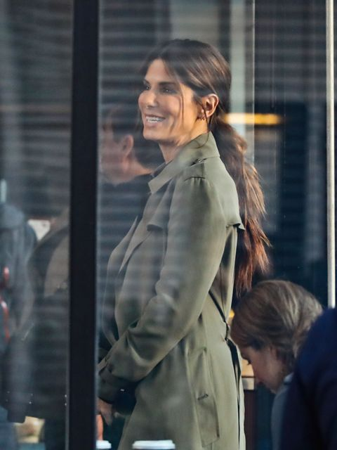 NEW YORK, NY - OCTOBER 24: Sandra Bullock is seen on October 24, 2016 in New York City.  (Photo by Ignat/Bauer-Griffin/GC Images)
