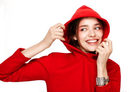 Avere denti perfetti e splendenti è possibile, non soffrire dal dentista pure: ecco tutte le novità odontoiatriche