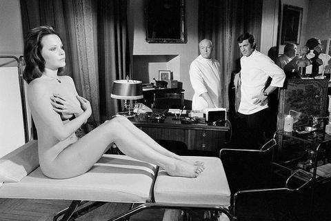Laura Antonelli sul set di Docteur Popaul, 1972