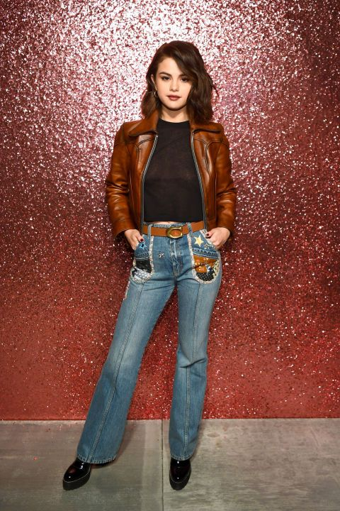 Jeans, Clothing, Denim, Blue, Fashion model, Beauty, Fashion, Photo shoot, Brown, Standing,