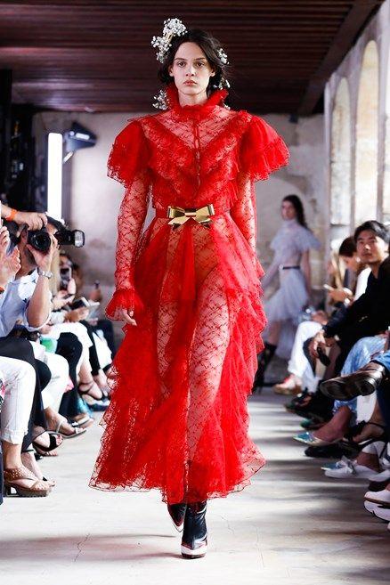 colore-rosso-tendenza-moda-2018