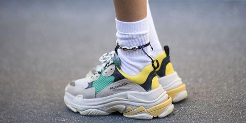 Le sneakers di moda dell'Autunno Inverno 2017 2018 sono scarpe da ginnastica a tutti gli effetti: comode, strane e tecniche