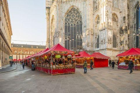 mercatini di natale milano: tutte le info su date e orari