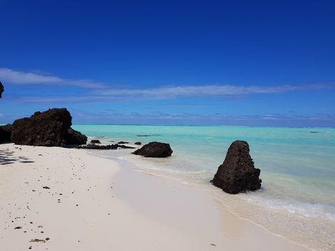 Body of water, Sea, Sky, Beach, Coast, Blue, Nature, Ocean, Rock, Shore,