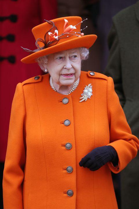 regina-elisabetta-royal-family