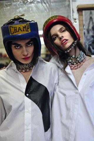Clothing, Fashion, Cap, Headgear, Cool, Beanie, Outerwear, Street fashion, Uniform, Photography,
