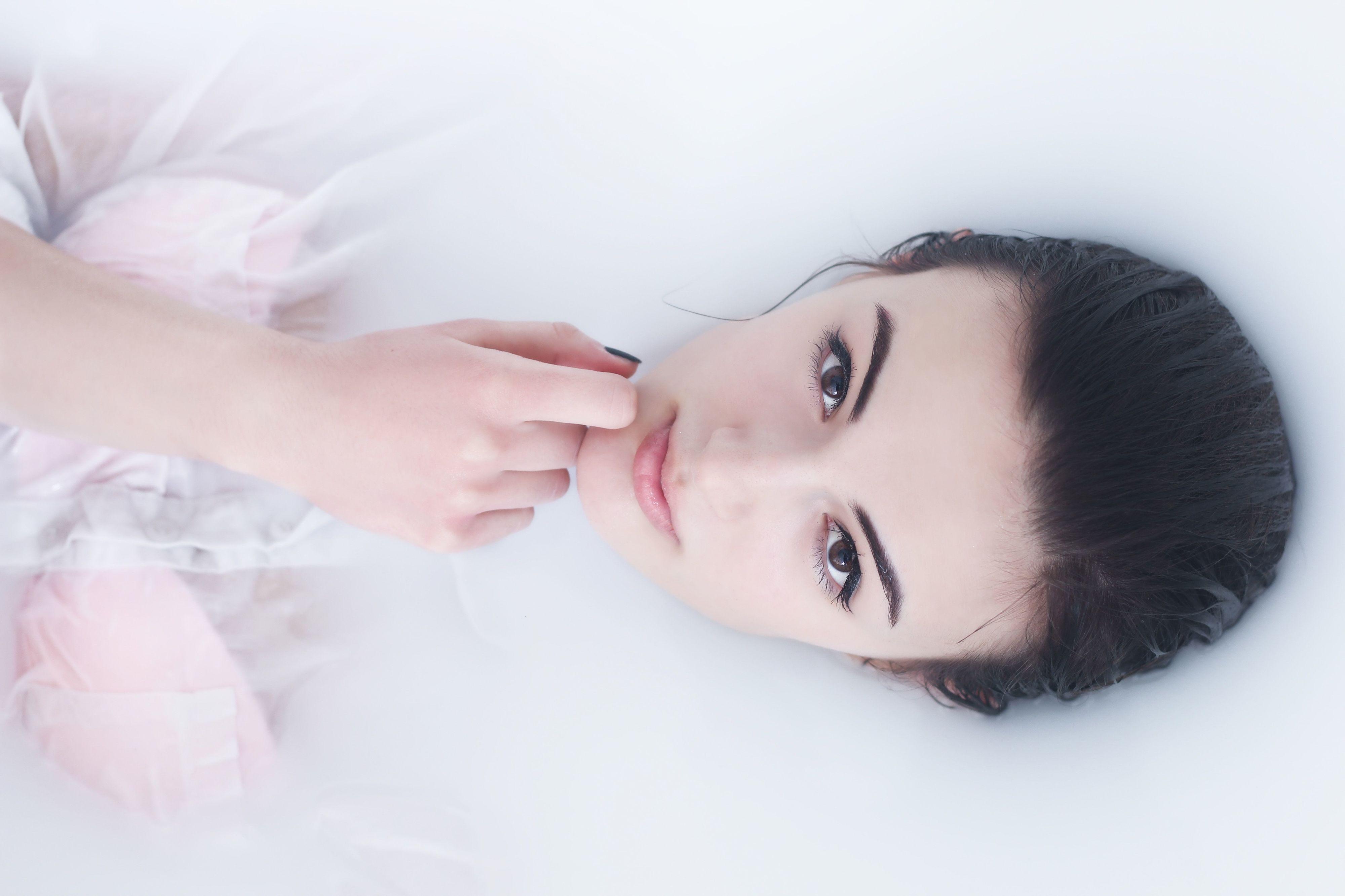 Bagno Rilassante In Casa : I benefici del bagno caldo effetto anti tossine e rilassante per