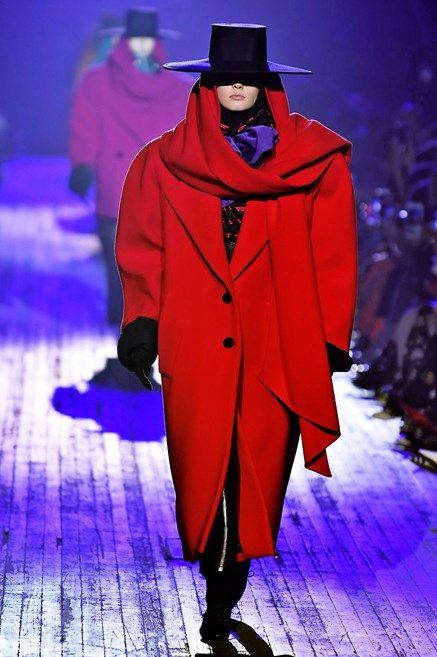 Fashion, Runway, Fashion show, Haute couture, Outerwear, Fashion design, Event, Fashion model, Electric blue, Cloak,