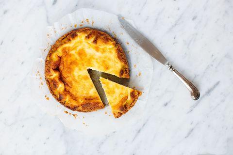 La ricetta della crostata di ricotta diventerà la tua preferita, da preparare a colazione, merenda, dopo pranzo e... Sempre!