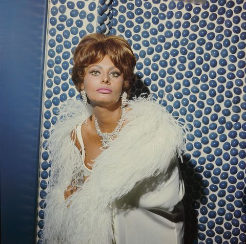 ITALY - JANUARY 01:  The Italian movie actress Sophia LOREN posing at the English Film Festival in Sorrente in 1967.  (Photo by Keystone-France/Gamma-Keystone via Getty Images)