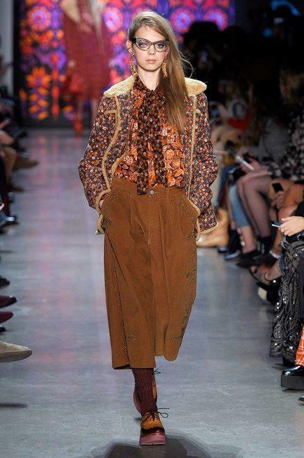 0def3efdc3f46f Pantaloni moda autunno inverno 2018 2019  i modelli di tendenza e i ...