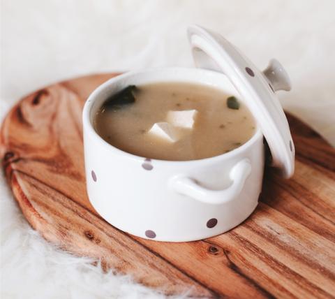 Cup, Coffee cup, Cup, Food, Coffee, Hong kong-style milk tea, Serveware, Tableware, Drinkware, Drink,
