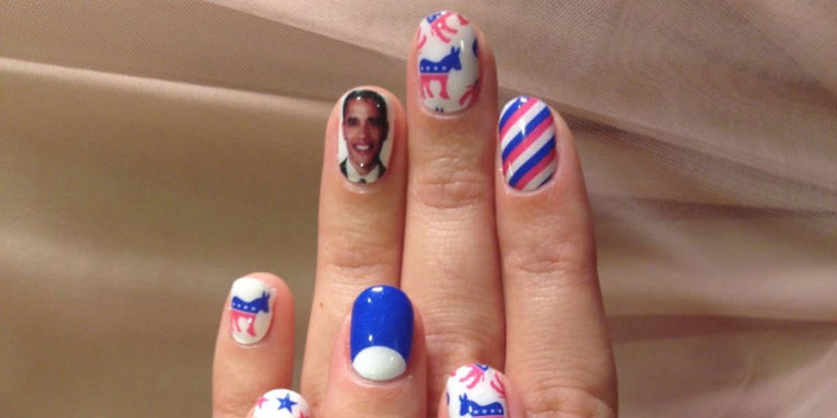 Katy Perry\'s Barack Obama and stars and stripes nail art manicure in ...