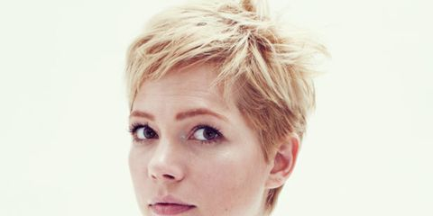<p>Michelle Williams in the December issue of ELLE</p>