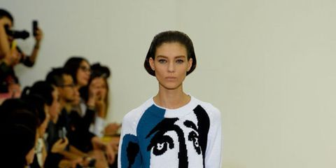 <p>The show space for the s/s 2012 collection was a minimalist white room, adorned only by square panels on the floor filled with gravel in primary shades - Modernism was the starting point for the collection. Shirt dresses were given a futuristic overhau