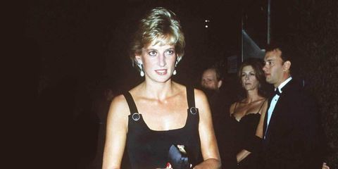 1332348368-exhibition-of-princess-diana-s-dresses-to-open