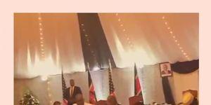 barrack-obama-dancing-july-2015-thumb