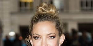 kate-hudson-out-in-london-3-june-2015-getty-thumb