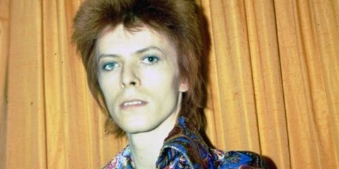 david_bowie_style_icon_evolution_retrospective_gallery_getty_09__thumbnail
