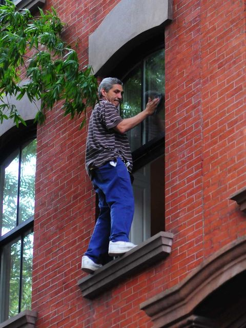 <p>Window cleaning</p>