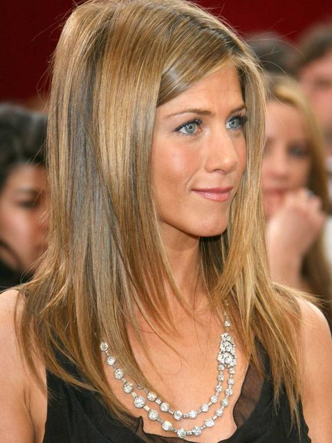 <p>Jennifer's signature beauty look: subtle make-up, a healthy Californian glow and uber-luxe highlighted, long, glossy hair. Sigh. </p>