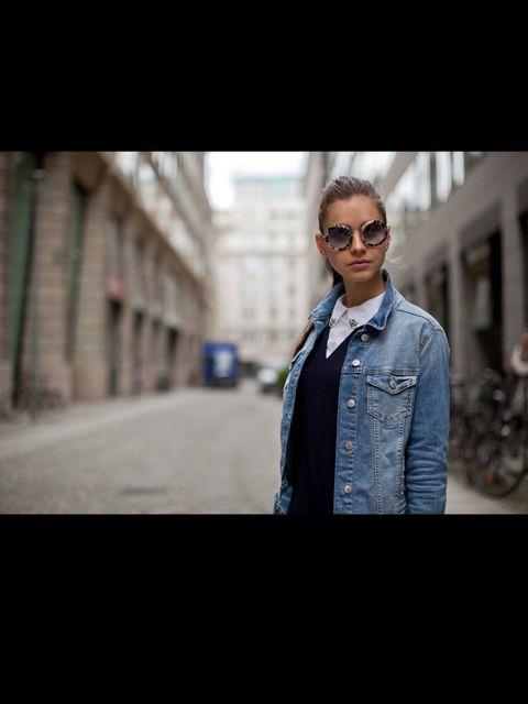 <p>Natalia is wearing a Sonia Rykiel dress, Zara jacket and MiuMiu sunglasses.</p>