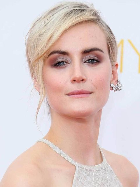 "<p>Graduate smokey eye is always a winner, but the best bit? The elegant up do that looks lieka pixie crop if you squint. Do it <a href=""http://www.elleuk.com/fashion/celebrity-style/taylor-schilling-orange-is-the-new-black-netflix-season-2-laura-prepon-p"